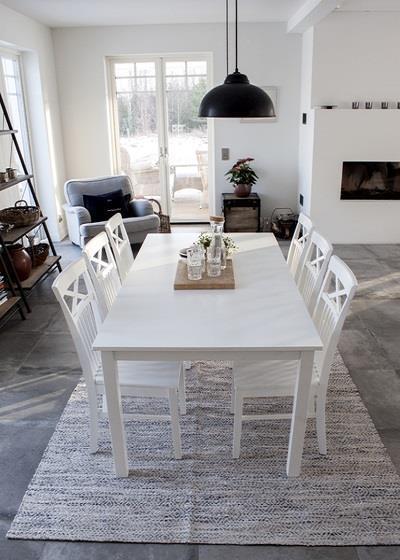 Backagård matbord