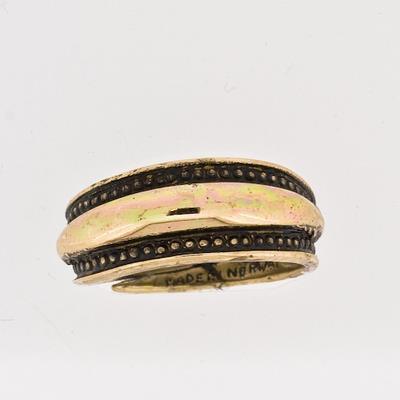 100127 Ring