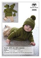 Babytröja, mössa, halsduk och vantar i Moshi