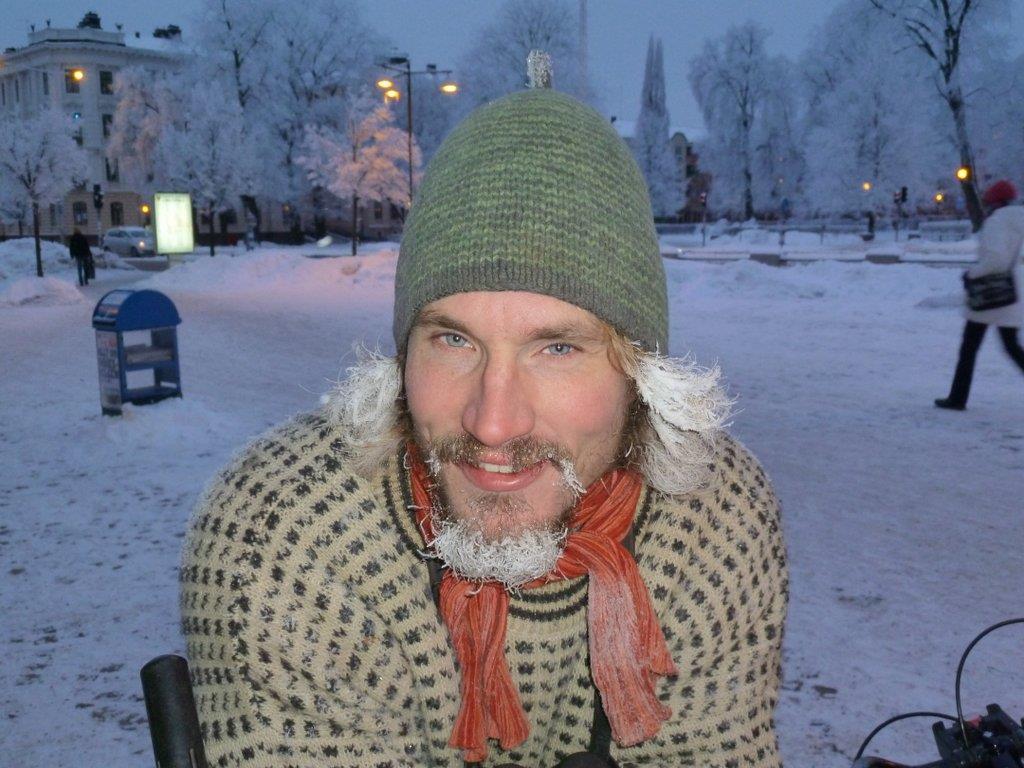Janne på vinterfågelrally en gnistrande kall vinterdag