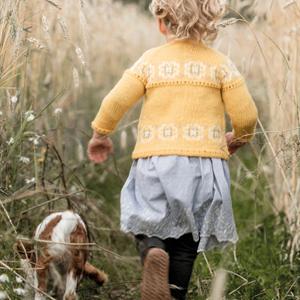 Sitronblomst - Gul barnekofte i ull