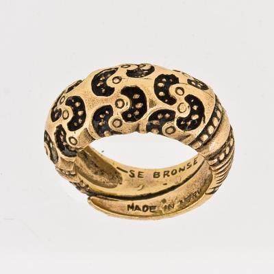 100118 Ring