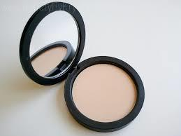 Youngblood pressed mineral rice setting powder light