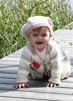 Babykofta och basker i Tilda