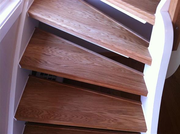 Inklädning av trappa