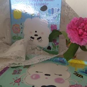 Lillis-mys-kittet bok När något spännande + bricka