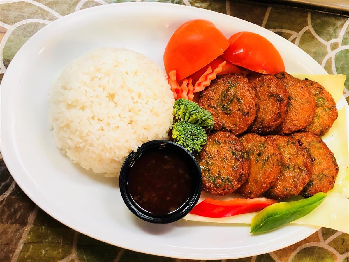 29. Thai Fiskkaka