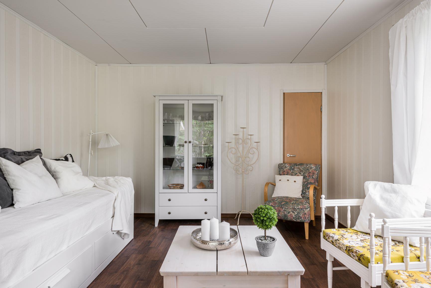 Lomamökki , Holidayhome Apartments Borg Ankkurikari