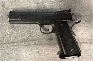 STI Trojan .40s&w käytetty pistooli