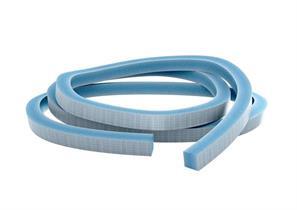 För att förhindra läckage vid spackling med avjämningsmassor. Avstängningslist 15x15 L=2m 30.00 kr/st, 30x30 L=2m 56.00 kr/st, 40x50 L=2m 98.00 kr/st
