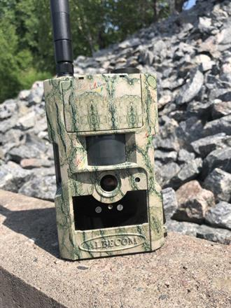 Kamera MG883