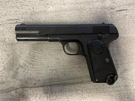Husqvarna M/1907 käytetty pistooli