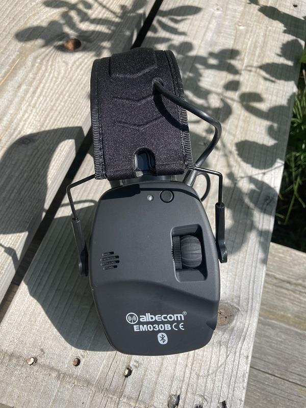Hörselskydd EM030B. Bluetooth. Svart