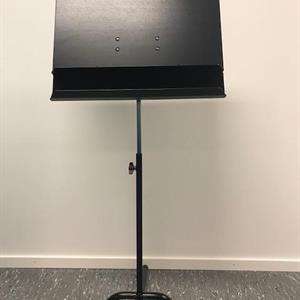 Studio Swing høy lett med sort filt