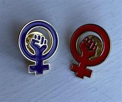 Feministpin röd