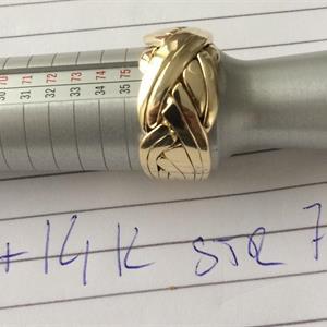 PUZZELRING 8 Delar bred+ Kraftiga ringskenor c:a 17gr  9K GULD