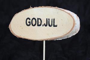 Näverskylt på pinne med GOD JUL