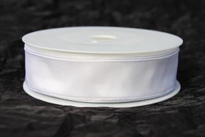 Band 25 mm 25 m/r vit taft med tråd