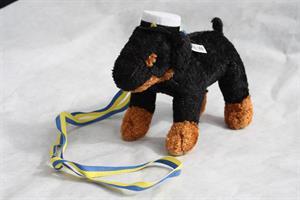Studenthund svart med hänge 12/fp