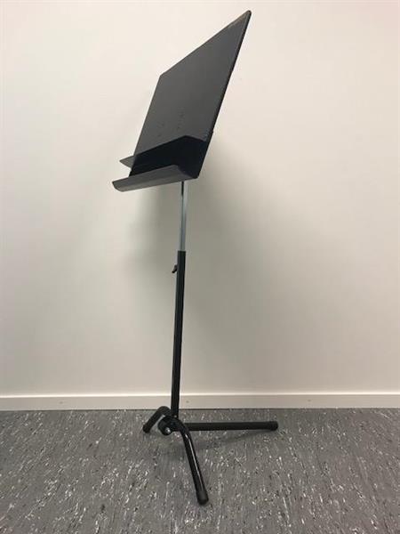Studio swing lav  tung med sort filt