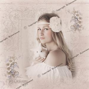 Lerret-30x30cm-portrett Maria