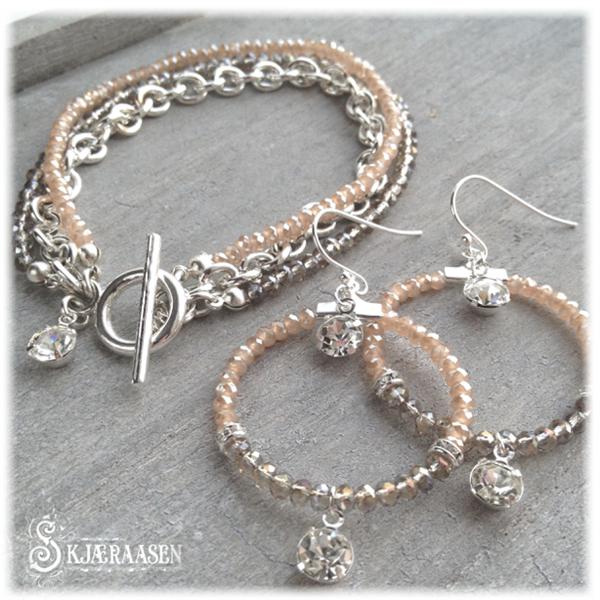 Embrace armbånd i fersken, gråbrun og sølv