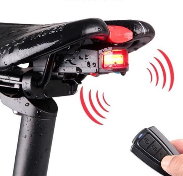 Alarm med baklampa och fjärrkontroll