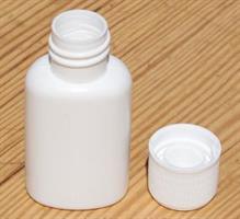 Plastflaska 20 ml. m. kapsyl