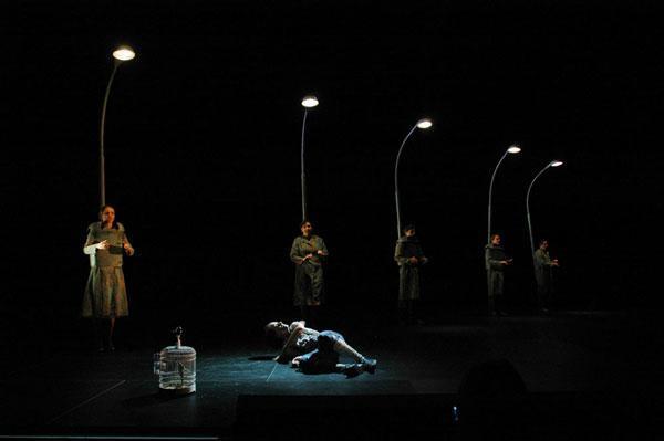 Electrical Birds - Dance Theatre, Hålogaland Theatre, Choreographer: Katrine Bølstad, Costume design: Christina Lovery