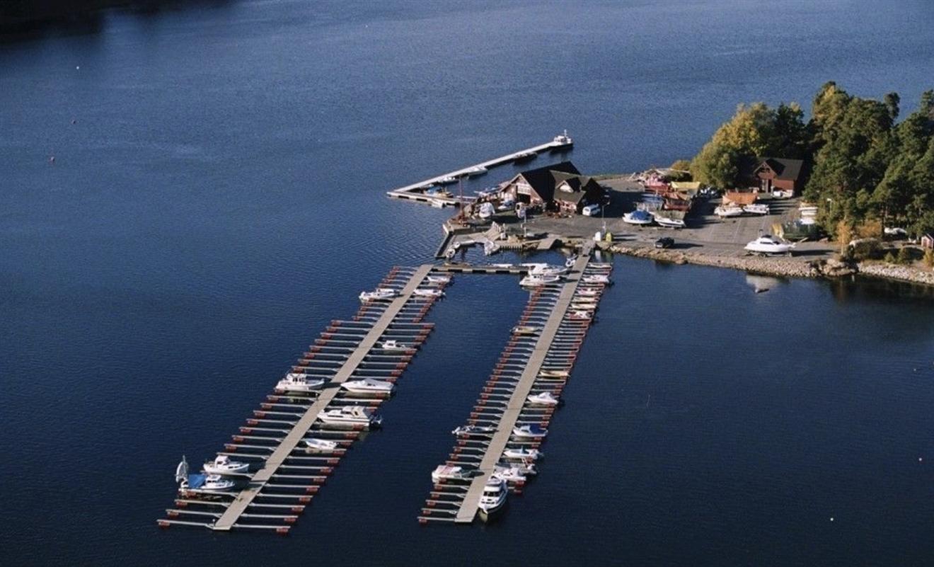 2022: 4,00m båtplass for hytter Hankø + andre øyer