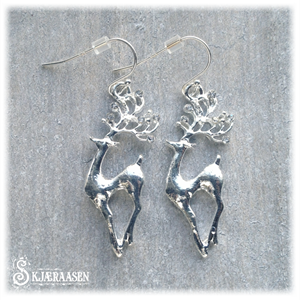 Reinsdyr med ekte sølvkrok
