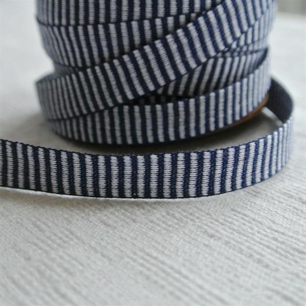 Marin-vitt tvärrandigt bomullsband 10mm