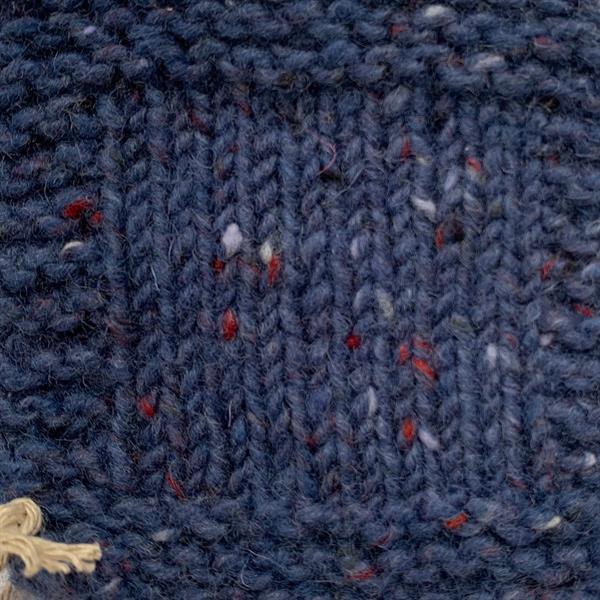 """8. """"Mörkt Duvblå"""" Kilcarra tweed"""