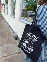 Tygkasse, Home is/Husvagn, svart/vit text