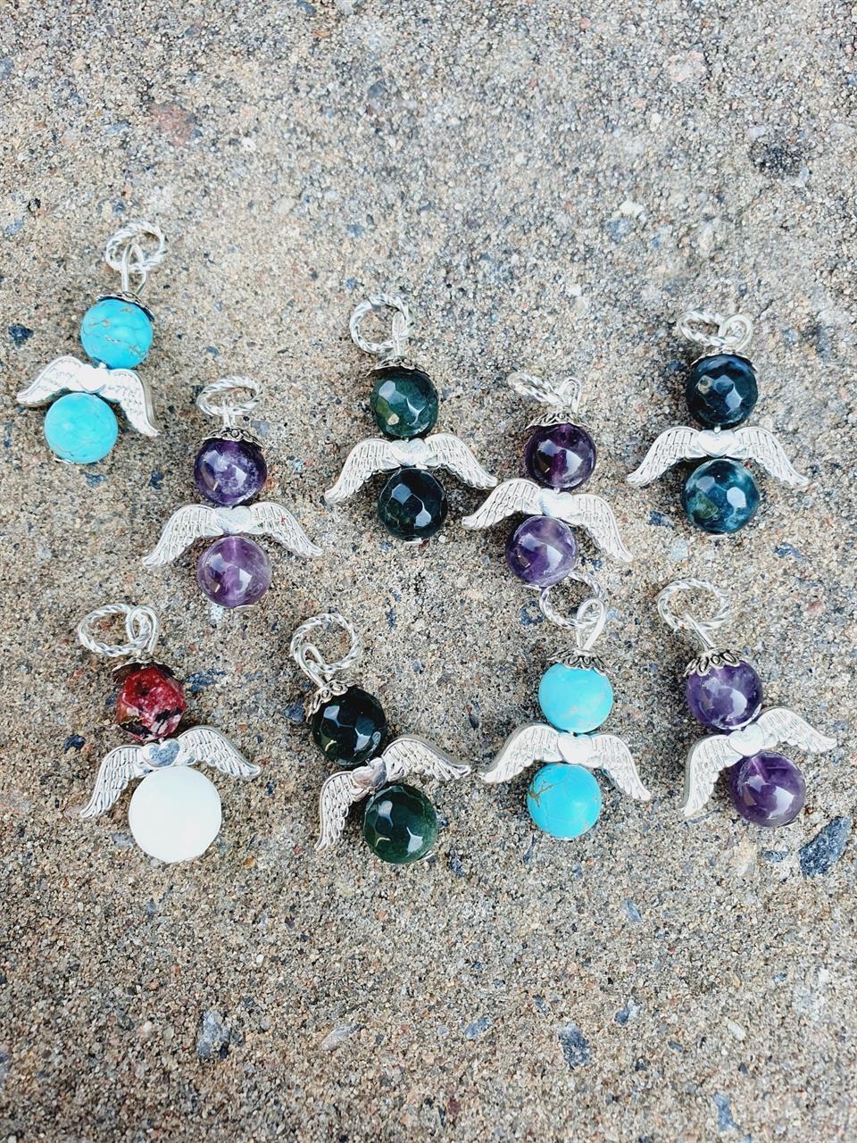 Änglar hänge/pendant med halvädelstenar