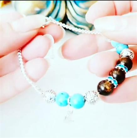 Nyhet -Memory wire bracelet / turkos