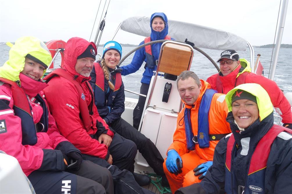 Friskt seilas og ivrige deltakere på  seilkurset i september 2019