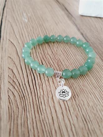 Aventurin armband med lotus berlock