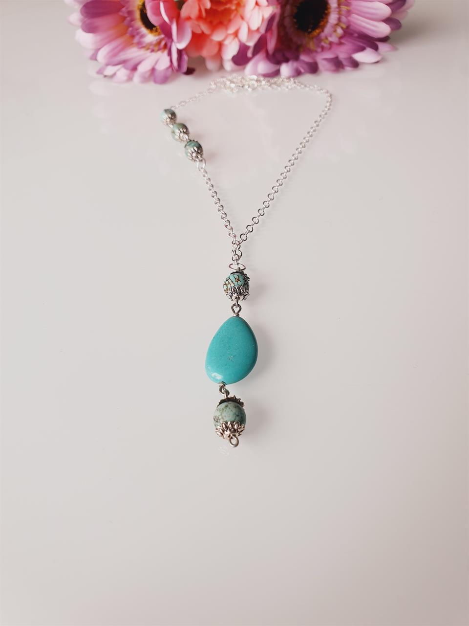 Halsband med stenar och silver kedja /Bohostyle
