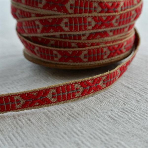 Röd/beige allmogeband  9mm