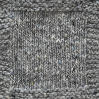 2 Silvergrå m blå prick SDT