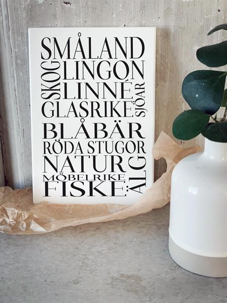 Trätavla A5, Småland, vit/svart text