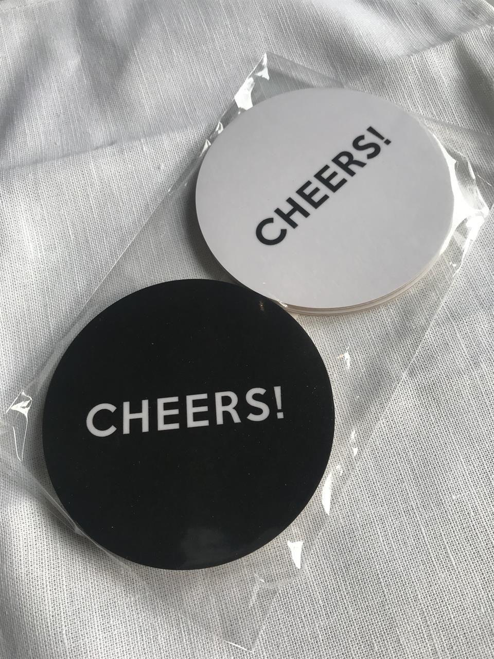 Glasunderlägg 4-p, Cheers,svart-vit/vit-svart text