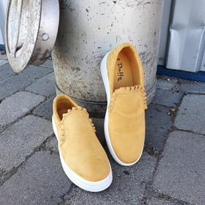 Duffy Slip-In Yellow