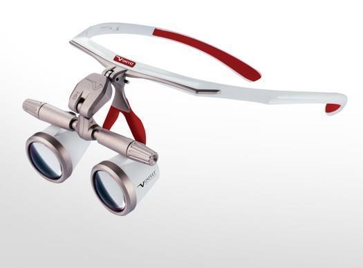 Evo: High-tech-materiaali, suurennos 2,5x , vedenkestävä, korkeatarkkuuksinen, , voidaan pitää tavallisten silmälasien kanssa.