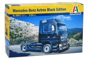 Mercedes Benz Actros Black