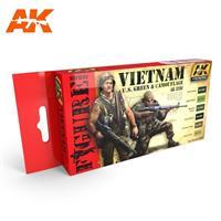 Vietnam U.S Green & Camouflage Set