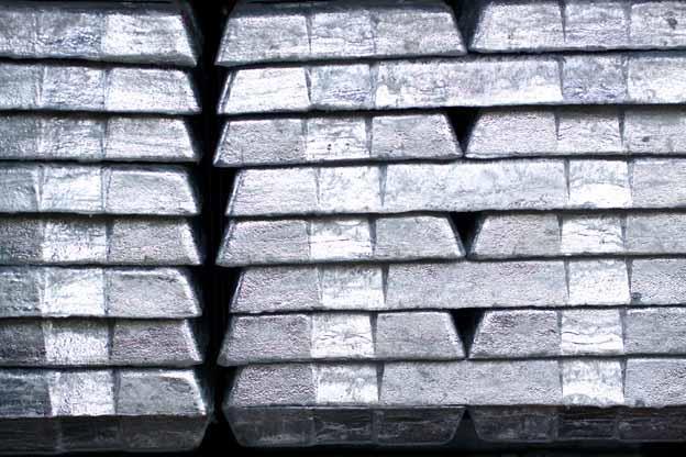 Zinc sets fresh highs, others find support