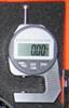 Digitaalinen paksuusmittari,mittausalue 0-12,70 mm, kitasyvyys 20 mm.Tarkkuus 0,01