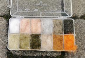 Dubbingbox- Sow scud II 12 färger